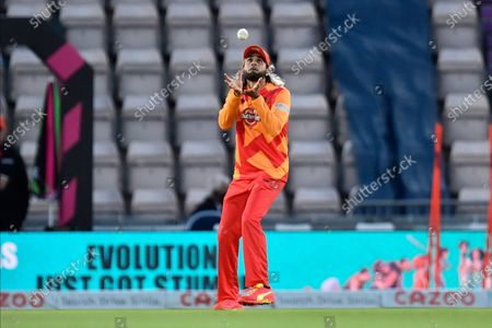 Wicket - Imran Tahir of Birmingham Phoenix catches James Vince of Southern Brave off the bowling of Moeen Ali of Birmingham Phoenix during the The Hundred match between Southern Brave and Birmingham Phoenix Men at the Ageas Bowl, Southampton