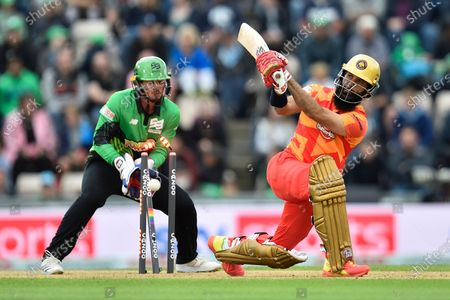 Wicket - Moeen Ali of Birmingham Phoenix is bowled by Jake Lintott of Southern Brave during the The Hundred match between Southern Brave and Birmingham Phoenix Men at the Ageas Bowl, Southampton