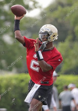New Orleans Saints quarterback Jameis Winston (2) throws during NFL football training camp in Metairie