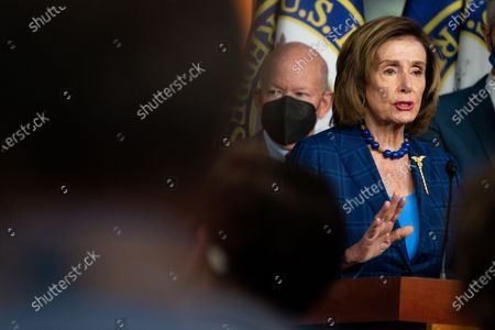 Speaker of the House Nancy Pelosi (D-CA) and other Democrats, during a news conference on achievements including the For The People Act and the agenda for the remainder of the year at the U.S. Capitol Building on Friday, July 30, 2021 in Washington, DC. (Kent Nishimura / Los Angeles Times)