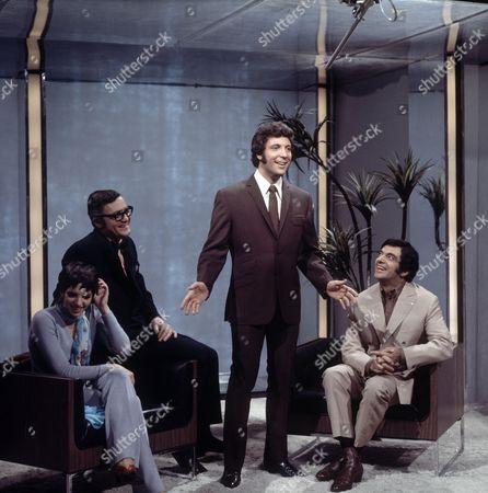 Liza Minnelli, Pat Cooper, Tom Jones and Frankie Vaughan