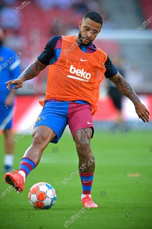 Stock Photo of Barcelona's Memphis Depay warms up for the pre-season friendly test soccer match between VfB Stuttgart and FC Barcelona in Stuttgart, Germany, 31 July 2021.