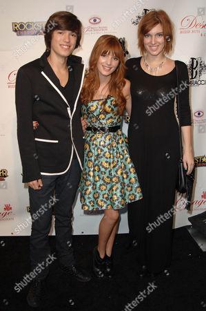 Remy Thorne, Bella Thorne and Dani Thorne