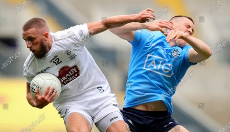 Dublin vs Kildare. DublinÕs Con OÕCallaghan and Neil Flynn of Kildare