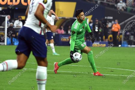 Mexico goalkeeper Alfredo Talavera (1) passes the ball against the United States during the CONCACAF Gold Cup final soccer match, in Las Vegas