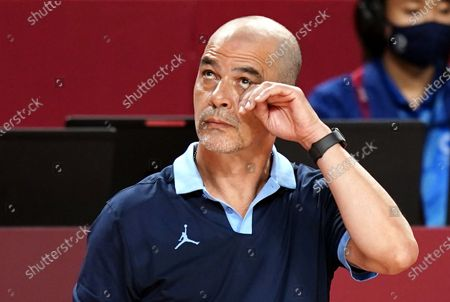 Argentina's head coach Sergio Hernandez reacts the Men's Basketball quarter final match between Australia and Argentina at the Tokyo 2020 Olympic Games at the Saitama Super Arena in Saitama, Japan, 03 August 2021.