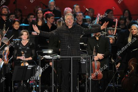 BBC Wales National Orchestra conducted by Grant Llewellyn