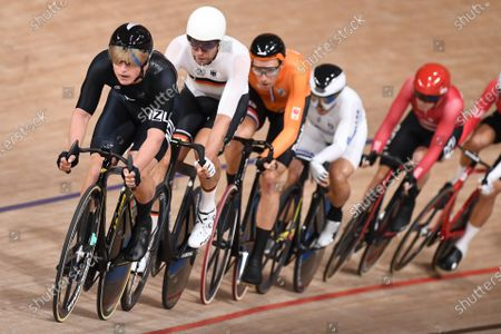Campbell Stewart of New Zealand and Roger Kluge of Germany in action during the men's Omnium tempo race 2/4