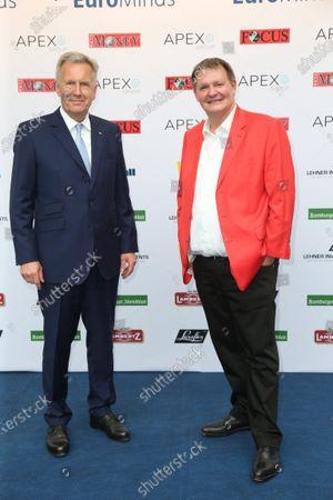 Former Federal President Christian Wulff and host Sören Bauer