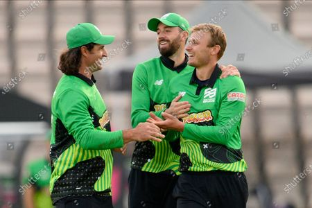 Wicket - Danny Briggs of Southern Brave celebrates taking the wicket of John Simpson of Northern Superchargers during the The Hundred match between Southern Brave and Northern Superchargers at the Ageas Bowl, Southampton