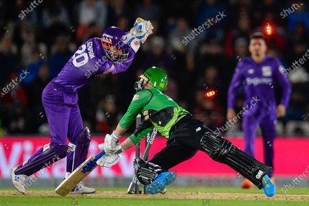 Wicket - Alex Davies of Southern Brave is stumped by John Simpson of Northern Superchargers off the bowling of Adil Rashid of Northern Superchargers during the The Hundred match between Southern Brave and Northern Superchargers at the Ageas Bowl, Southampton
