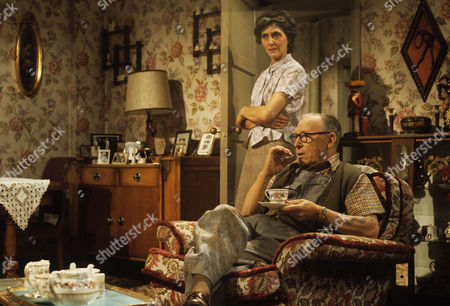 June Brown and Leslie Dwyer