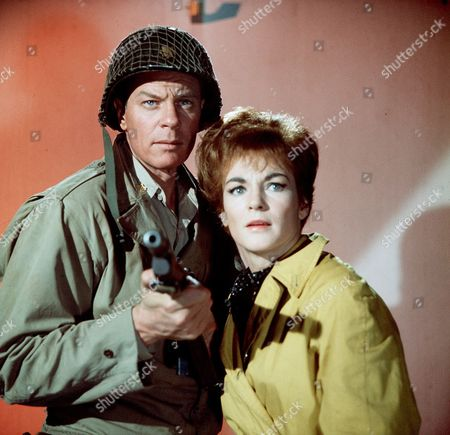 Episode 6- Taps for the Sergeant - Peter Graves and Moira Redmond