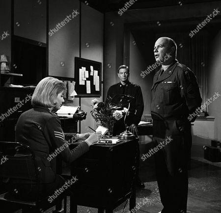 Episode 9- La Belle France - Angela browne, Peter Graves and Ken Warren