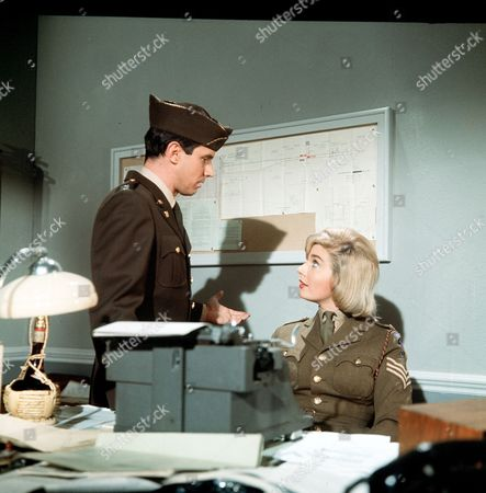 Episode 4- The House Where He Lived - Bradford Dillman and Angela Browne