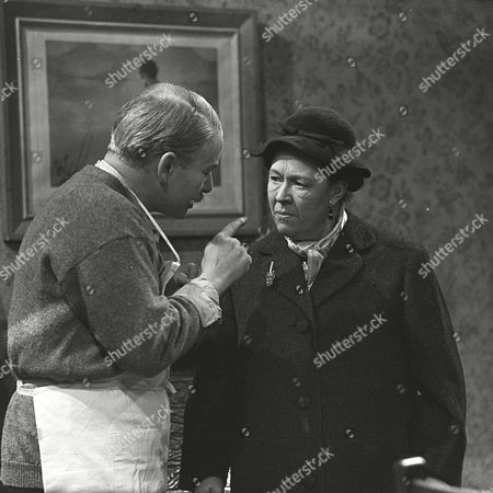 David Kossoff and Peggy Mount