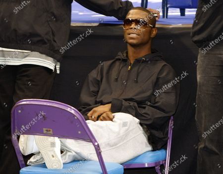 Boxer Cory Spinks relaxes as he watches weigh-ins at the Scottrade Center in St. Louis on March 26, 2008. Spinks will face Verno Phillips in a IBF Junior Middleweight Championship fight on March 27, 2007 in St. Louis. Cory is the son of championship boxer Leon and the nephew of Michael Spinks.