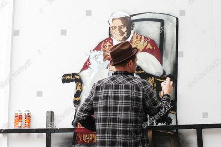 Nick Walker creating his artwork 'Cardinal Sinister'