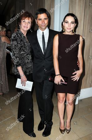 Mother Loretta Stamos with son John Stamos and Leah Marsh