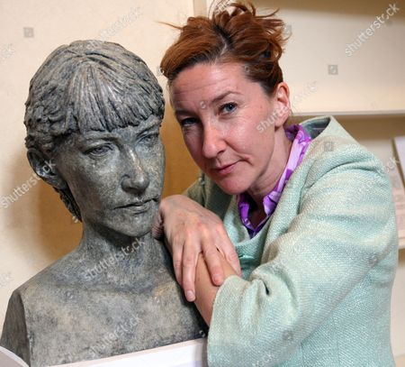 Jane McAdam Freud with one of her sculptures, a self portrait.