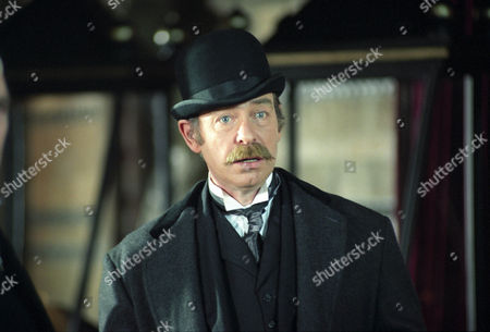 The Mazarin Stone -  Denis Lill as Inspector Bradstreet