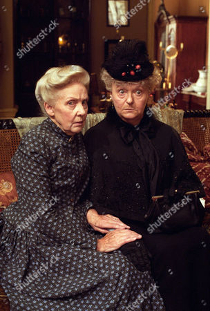The Red Circle -  Rosalie Williams as Mrs Hudson and Betty Marsden as Mrs Warren.