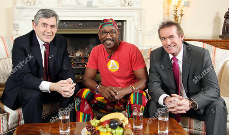 Motivate Britain -Mr Motivator Derrick Evans and Dr Hilary Jones meet with The Prime Minister at 10 Downing Street, as part of GMTV's Get motivated campaign.