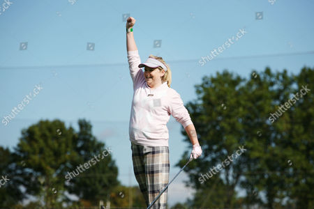 Stock Photo of Radio one presenter Bethan Elfyn tees off on the first hole.