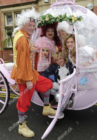 Editorial photo of 'Cinderella' pantomime photocall, Hyde Town Hall, Manchester, Britain - 29 Sep 2010