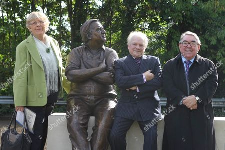 Joy Barker, David Jason and Ronnie Corbett
