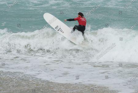 Ben Skinner wins the Boardmasters Men's Longboard. Held at Fistral Beach. Surfing in the Semi Final.