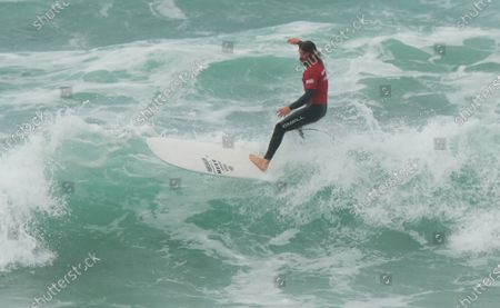 Ben Skinner wins the Boardmasters Men's Longboard. Held at Fistral Beach. Surfing in the Final.