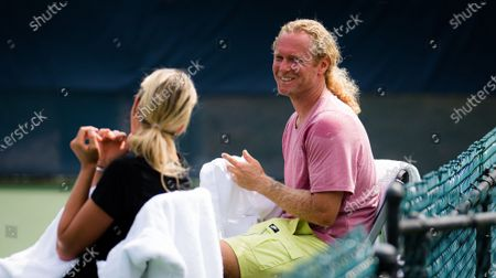 Dmitry Tursunov during practice with Anett Kontaveit ahead of the 2021 Western & Southern Open WTA 1000 tennis tournament