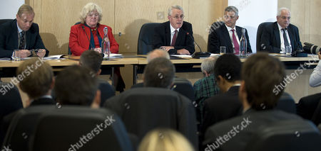 Martin Taylor, Clare Spottiswoode Commissioner, Chair Sir John Vickers, Bill Winters and Martin Wolf