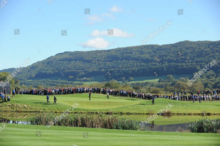 Lee Westwood and Steven Stricker on the 11th green.