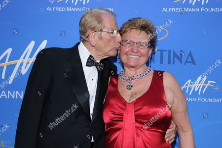 Editorial picture of 7th Annual Alfred Mann Foundation Innovation and Inspiration Gala, Santa Monica, America - 10 Oct 2010