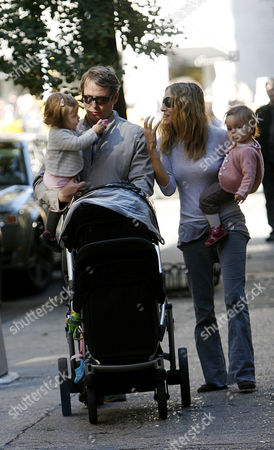 Sarah Jessica Parker and Matthew Broderick with twin daughters Loretta Elwell Broderick and Tabitha Hodge Broderick