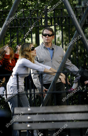 Stock Picture of Sarah Jessica Parker and Matthew Broderick with twin daughters Loretta Elwell Broderick and Tabitha Hodge Broderick