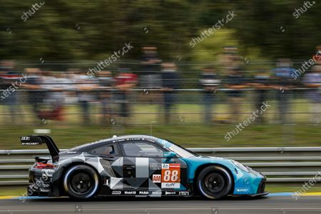 88 Andlauer Julien (fra), Bastien Dominique (usa), Arnold Lance David (ger), Dempsey-Proton Racing, Porsche 911 RSR - 19, action
