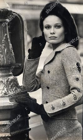 Suzie Miller (sue-louise Miller). Model Who Has Been Married To Richard Burton And James Hunt. Seen Here Wearing A Grey Tweed Dior Suit