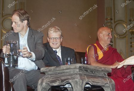 L. to R. Daniel Siegel MD, Sir Ken Robinson and Buddhist monk Thupten Jinpa participate in a morning panel discussion during the 2009 Vancouver Peace Summit at the Orpheum Theater in Vancouver, British Columbia, September 29, 2009.