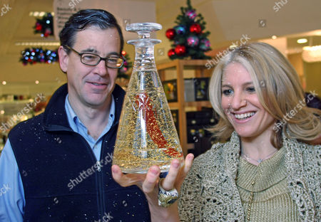 Laura Santtini Launches Her Easy Taste Magic Line Of Edible Gold And Silver Leaf At Selfridges Pictured Bruce Bower