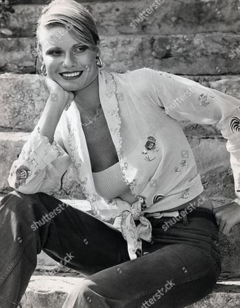 Suzie Miller (sue-louise Miller). Model. Married To James Hunt And Richard Burton