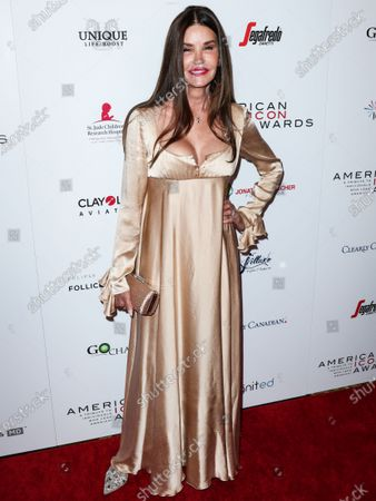 Janice Dickinson arrives at the 2019 American Icon Awards held at the Beverly Wilshire Four Seasons Hotel on May 19, 2019 in Beverly Hills, Los Angeles, California, United States.