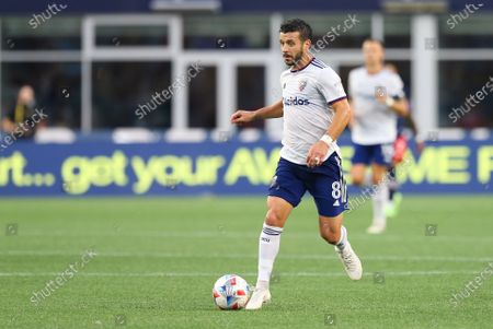 Foxborough, MA, USA; D.C. United midfielder Felipe Martins (8) in action during an MLS match between D.C. United and New England Revolution at Gillette Stadium