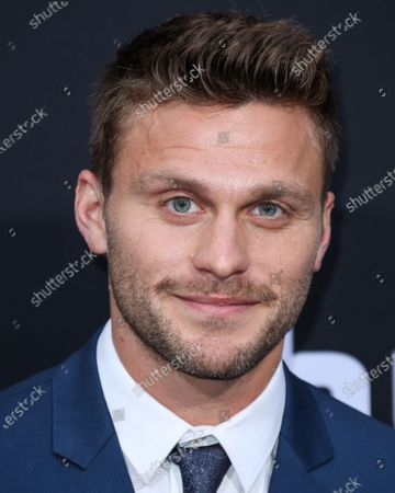 Jon Rudnitsky arrives at the Los Angeles Premiere Of Hulu's 'Catch-22' held at the TCL Chinese Theatre IMAX on May 7, 2019 in Hollywood, Los Angeles, California, United States.