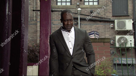 Coronation Street - Ep 10412 Wednesday 25th August 2021 - 1st Ep Ronnie Bailey, as played by Vinta Morgan, urges Michael Bailey to come clean to Grace and admit that he doesn't love her.