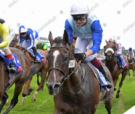 SAM COOKE with Rob Hornby wins Sky Bet Stakes Handicap at York