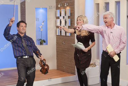 Oliver Lewis – the fast fiddler! with Phillip Schofield and Holly Willoughby