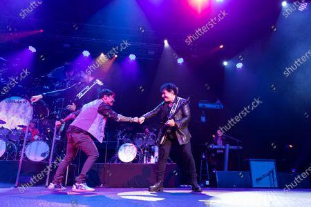 Journey - Arnel Pineda and Neal Schon